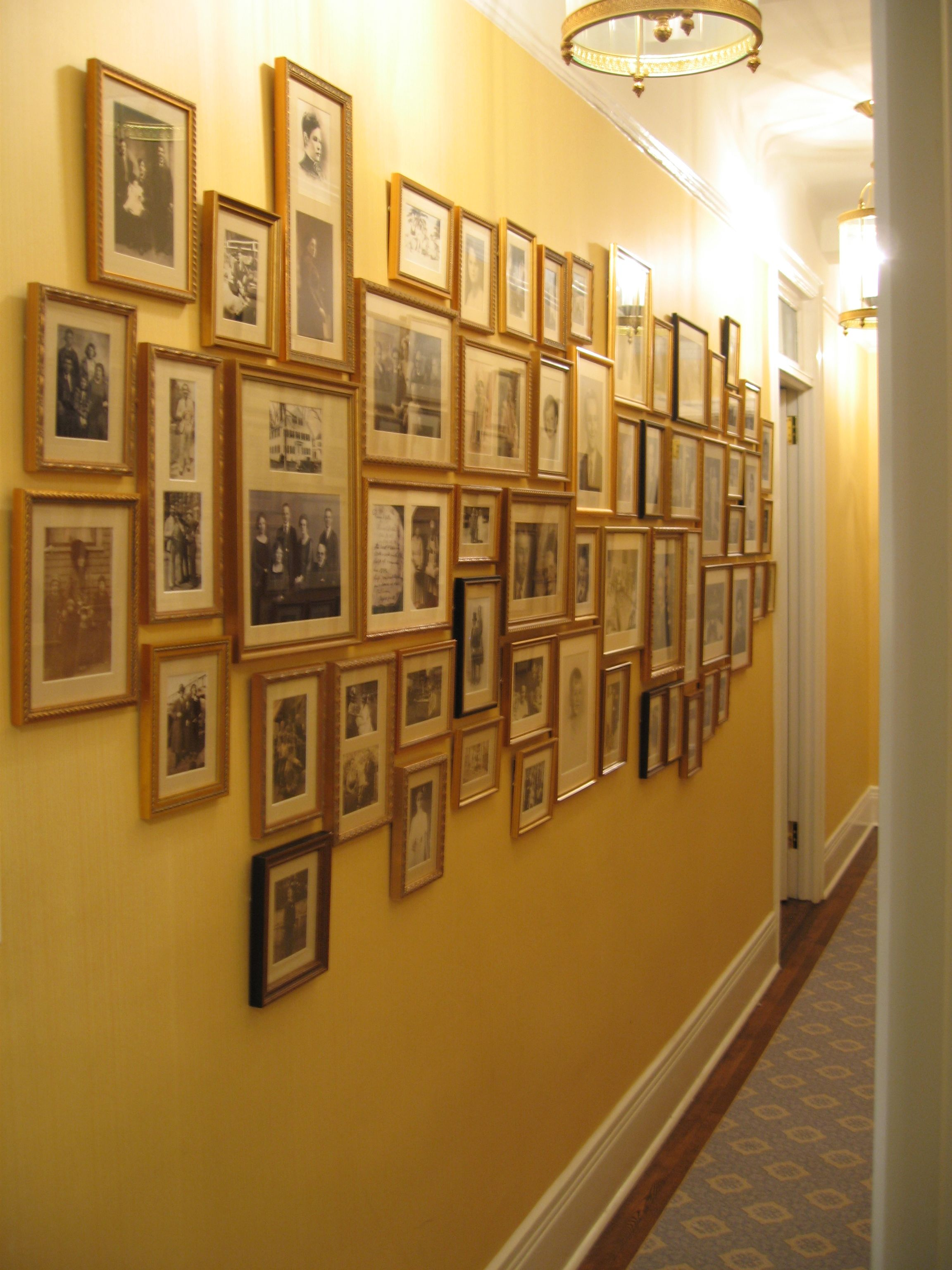 What to hang in a hallway for Hanging pictures on walls ideas